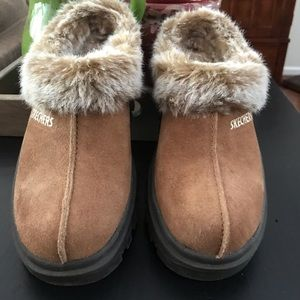 SKECHERS Mules Tan Suede Leather Faux Fur new 5